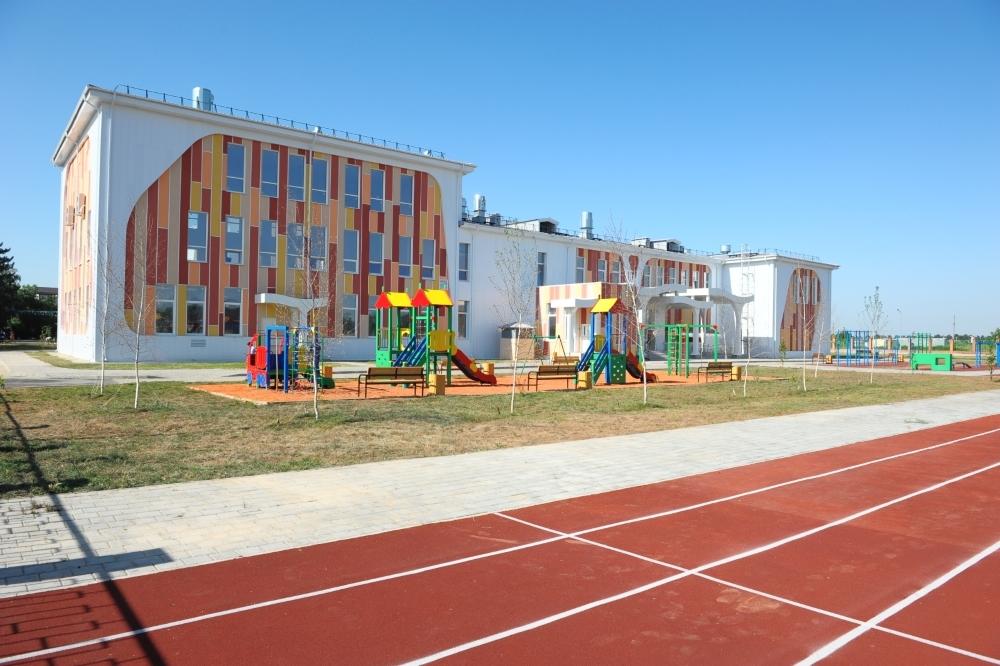 В поселке Пригородном открыли новый корпус школы №81