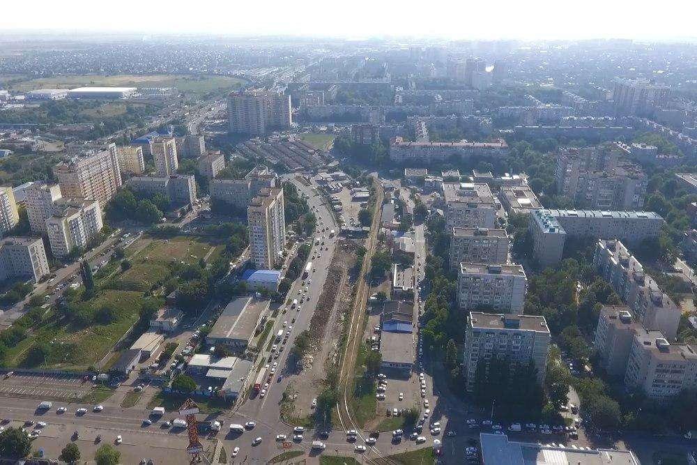 В Комсомольском микрорайоне Краснодара создадут прогулочную аллею